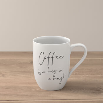 "Statement Becher ""Coffee is a hug in a mug"""